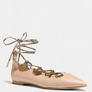 Coach Justine Sz 10 Nude Leather Lace Up Flats